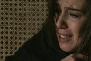 Império: Jurema morre após cair da escada e Cora atira em Reginaldo